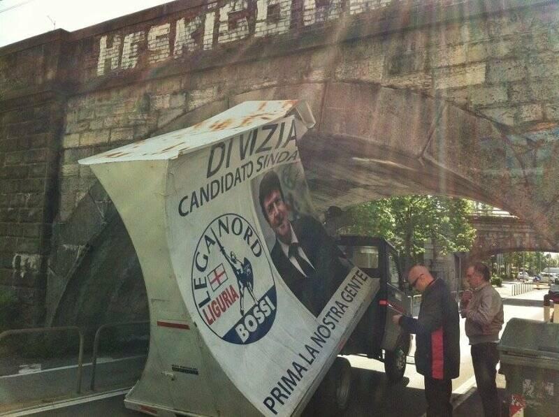 La vela mobile di Di Vizia incastrata sotto il ponte di Rebocco