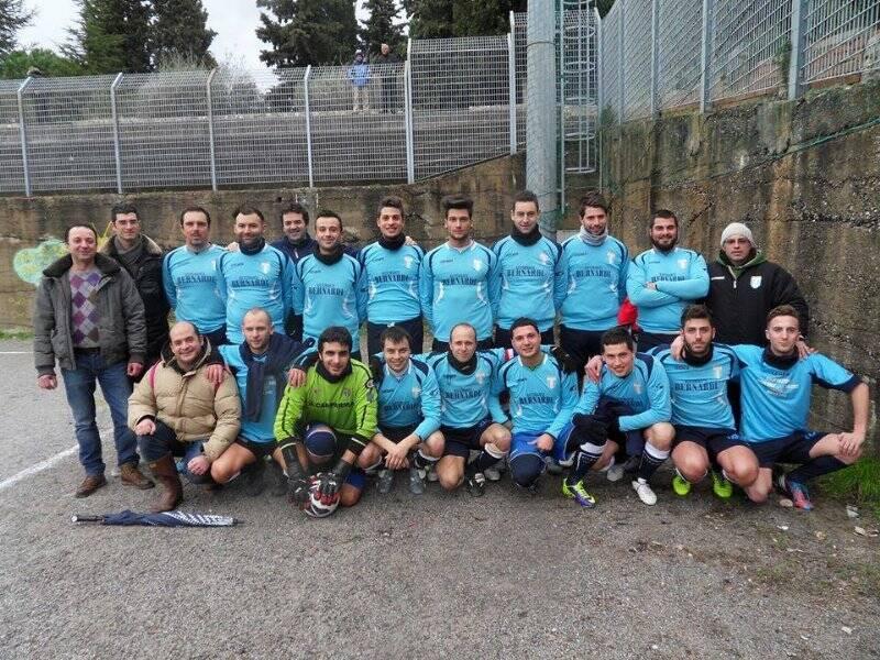 Una formazione dell'Atletico Tresana nella stagione 2013/2014