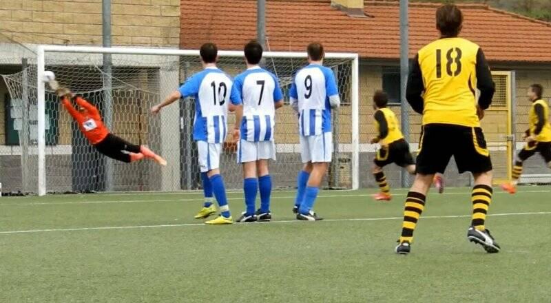 L'incredibile parata di Marco Petracchi al perfetto calcio di punizione di Cristiano Rolla in Cuore, Grinta & Sciacchetr - Bellavista/Pugliola 2 - 2.