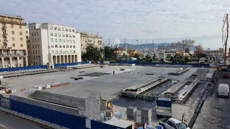 Il cantiere del parcheggio di Piazza Europa