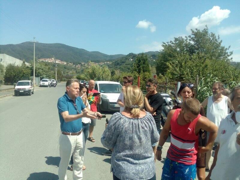 Costa Brucia, sindaco e cittadini a confronto