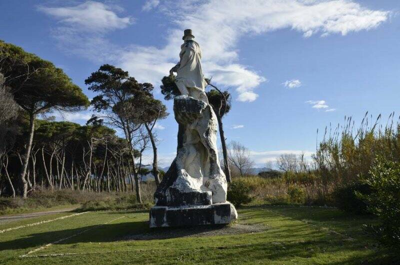 Il monumento a Carlo Fabbricotti