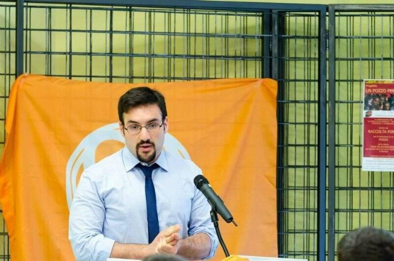 Christian Faenza durante un'iniziativa dei Giovani Democratici