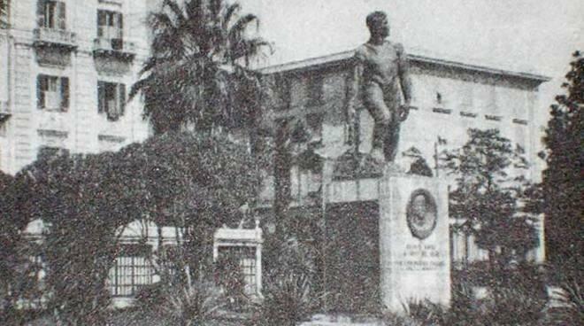 Monumento a Nazario Sauro