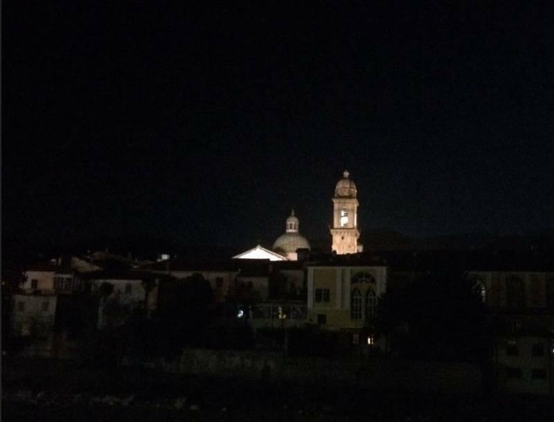 Il Campanone di notte