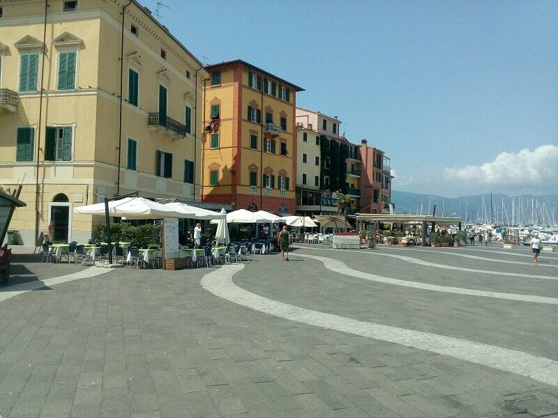 Lerici, Piazza Garibaldi