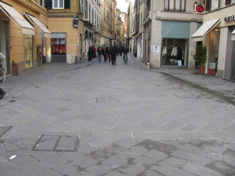 Piazza Del Bastione e Via Prione