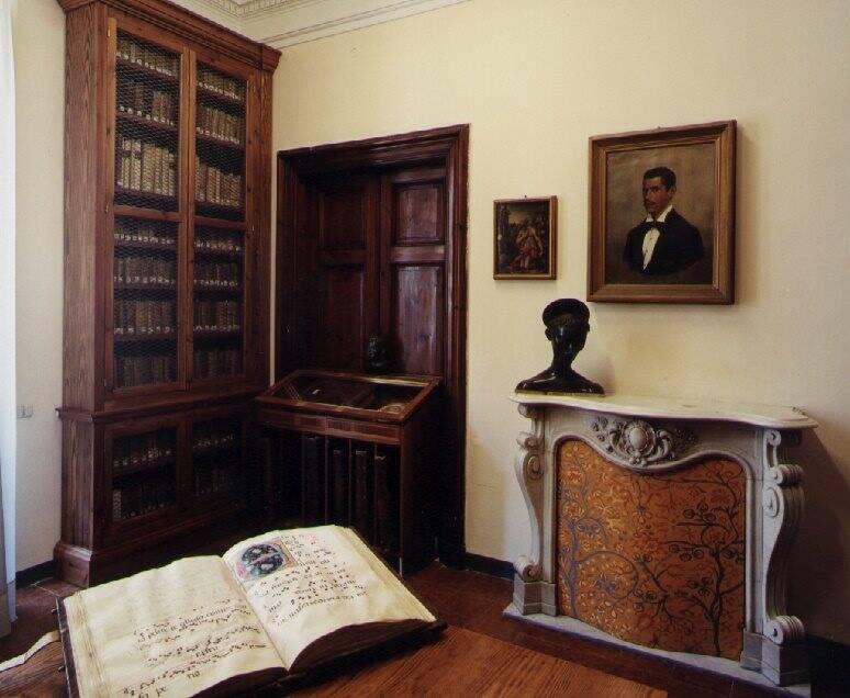 L'ufficio della direzione della biblioteca Mazzini