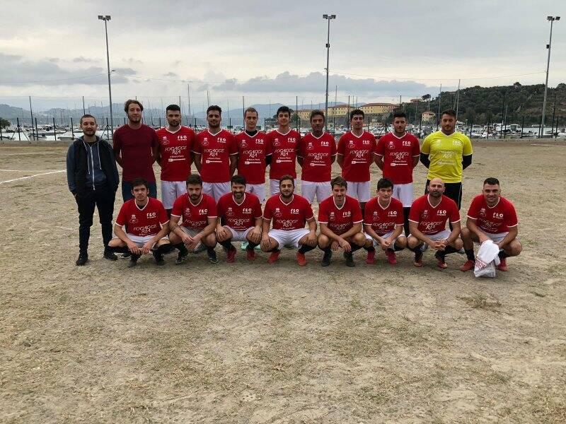 La rosa al gran completo della Forza e Coraggio / Amatori Le Grazie vincitrice dei Play - Off di III Serie Uisp della Spezia.