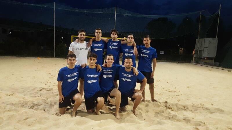 Gli Arcolizzati al V Master League di Beach Soccer a Luni Mare.