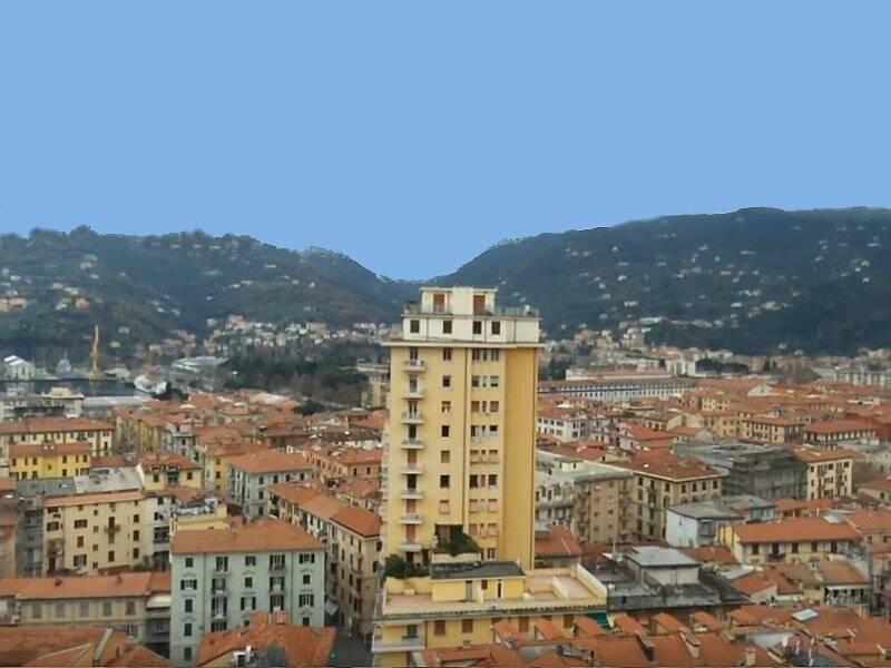 Il grattacielo di Piazza Ginocchio