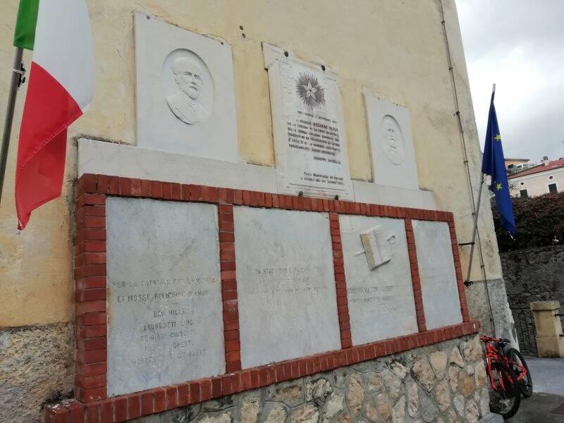 Scuola Garibaldi, San Terenzo