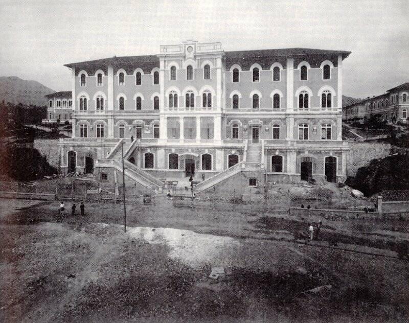 Foto d'epoca dell'ospedale Sant'Andrea