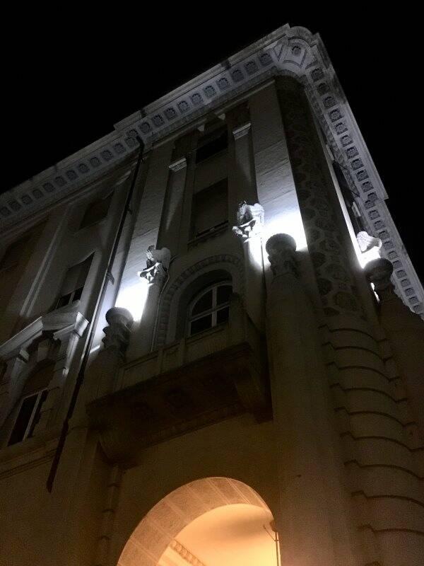Portico della Provincia della Spezia bynight