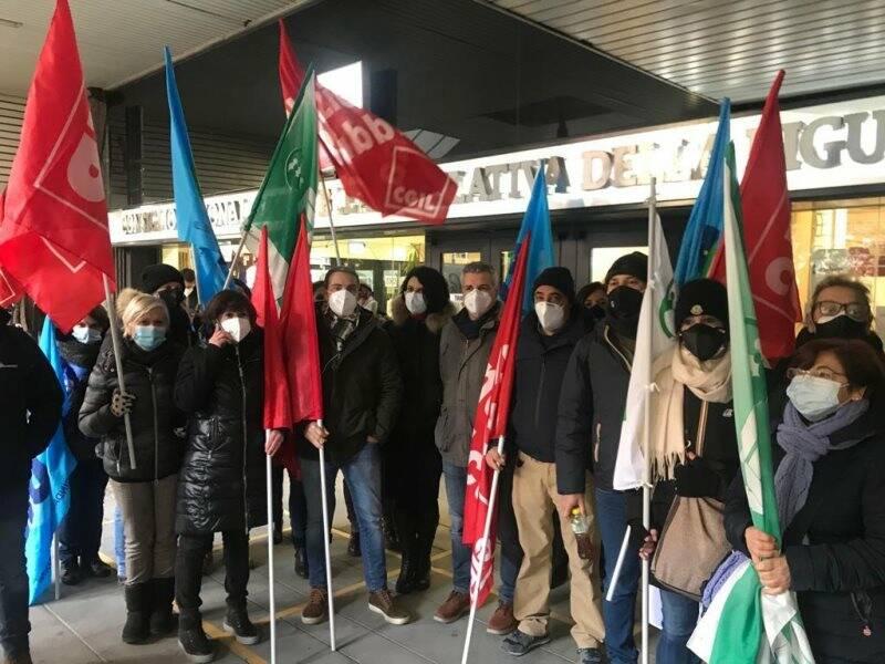 Oss spezzini di Coopservice a Genova in sciopero