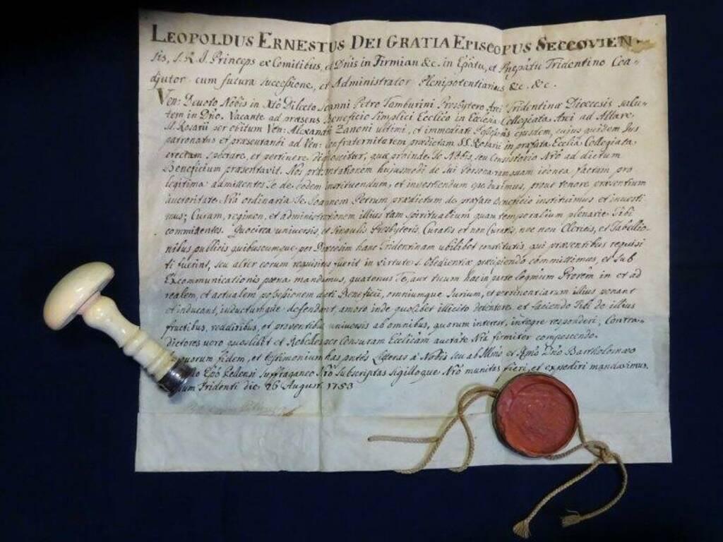 Un documento esposto al Museo del sigillo