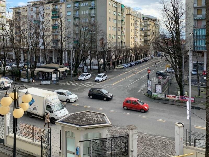 Incrocio tra Via San Cipriano e Via Veneto