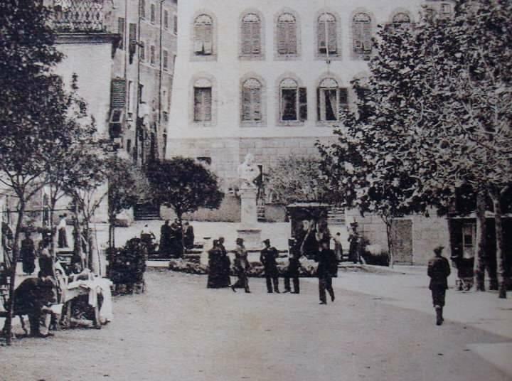 Lerici, una foto d'epoca della statua di Garibaldi