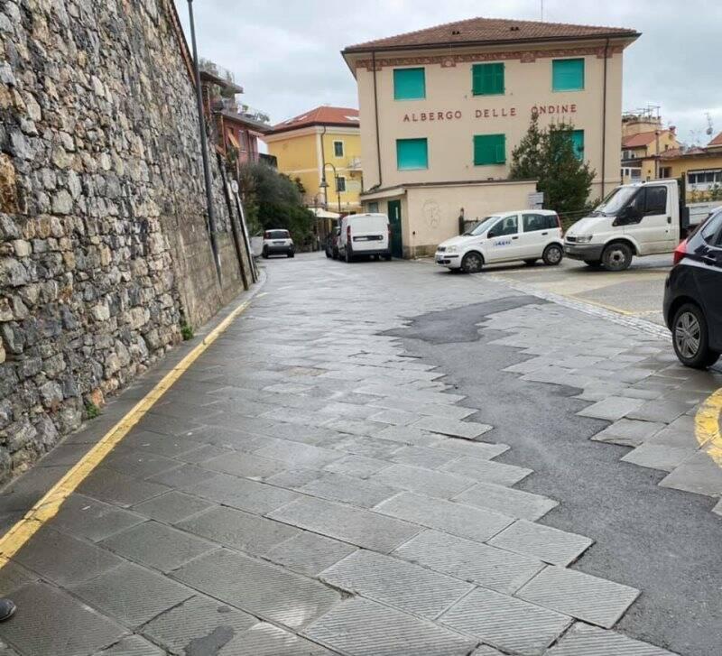 Piazza Rainusso a Tellaro