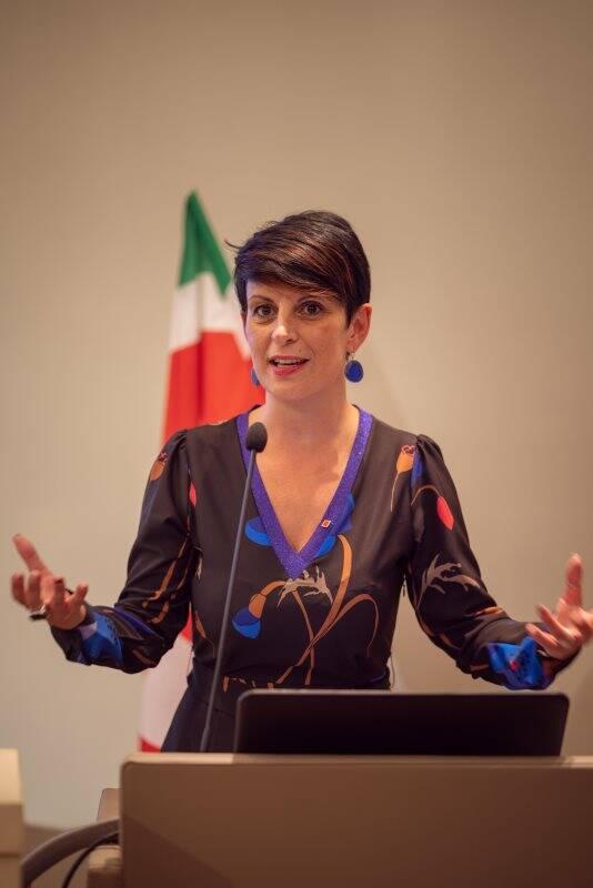 Lara Ghiglione