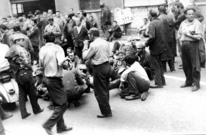 Cantiere Ansaldo Muggiano - Manifestazione dei lavoratori - fine anni Sessanta