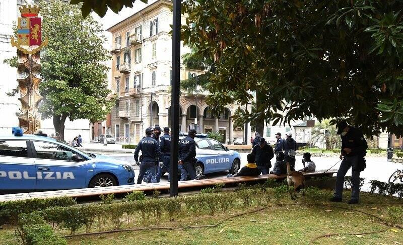 Polizia all'Umbertino