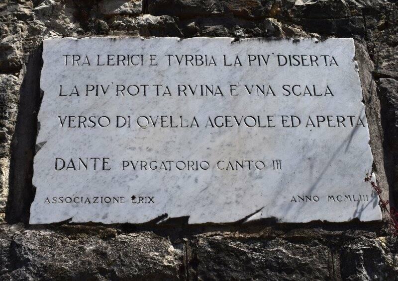 Lerici, Bellavista, targa dedicata ai versi di Dante su Lerici (2021)