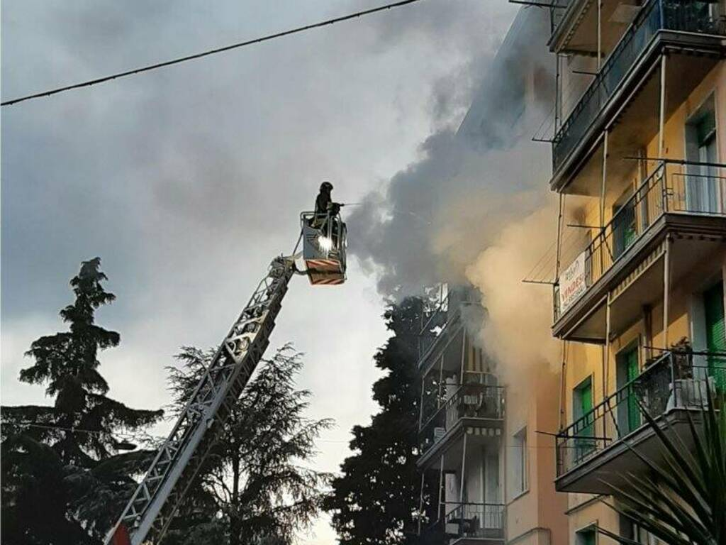 Melara, incendio in un appartamento