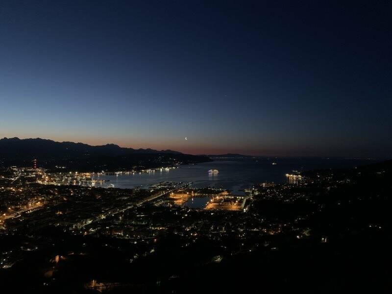 Paesaggio notturno della Spezia