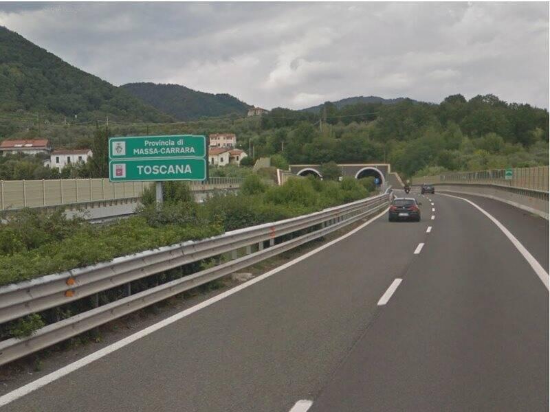Sull'A15 al confine