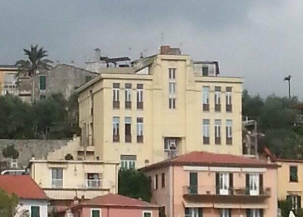 La ex scuola 'Pascoli' di Fezzano