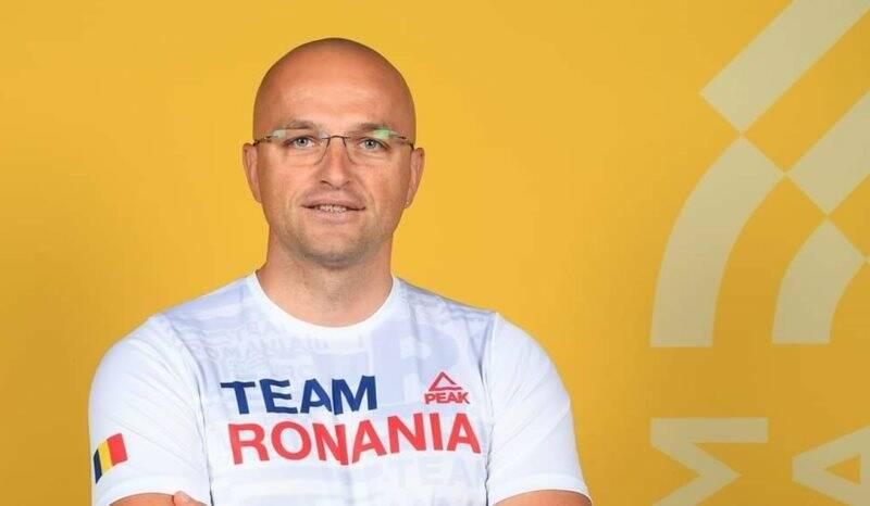 Marius Bacaoanu Aanei nella foto ufficiale della nazionale rumena