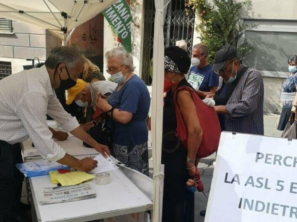 Raccolta firme a Sarzana dal Manifesto per la Sanità locale