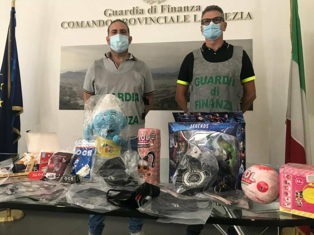"""I """"falsi"""" sequestrati dalla Guardia di Finanza (16/09/2021)"""