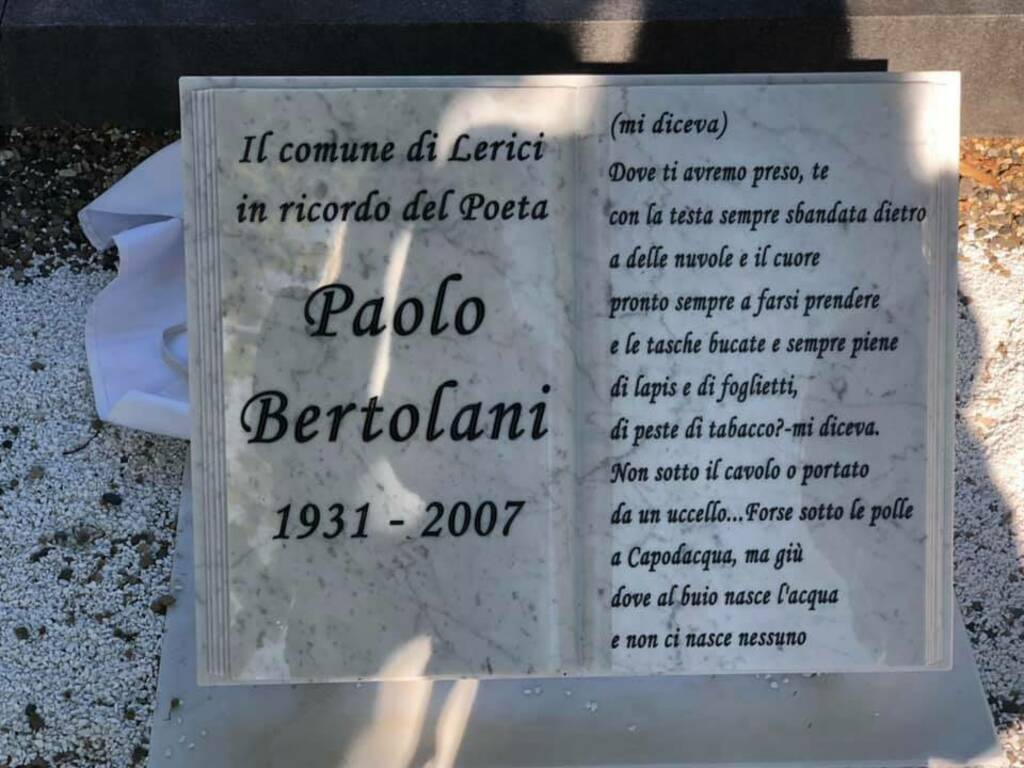 Targa in memoria del poeta Paolo Bertolani